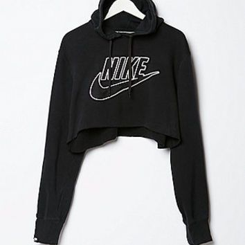 Exceptionnel Retro Gold Vintage Nike Cropped Fleece from PacSun | Things I  PP53