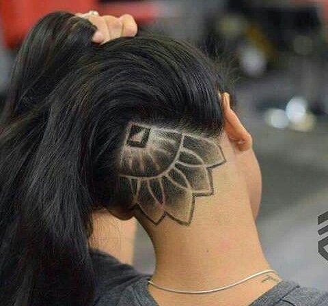 Cortes de pelo con figuras para mujer