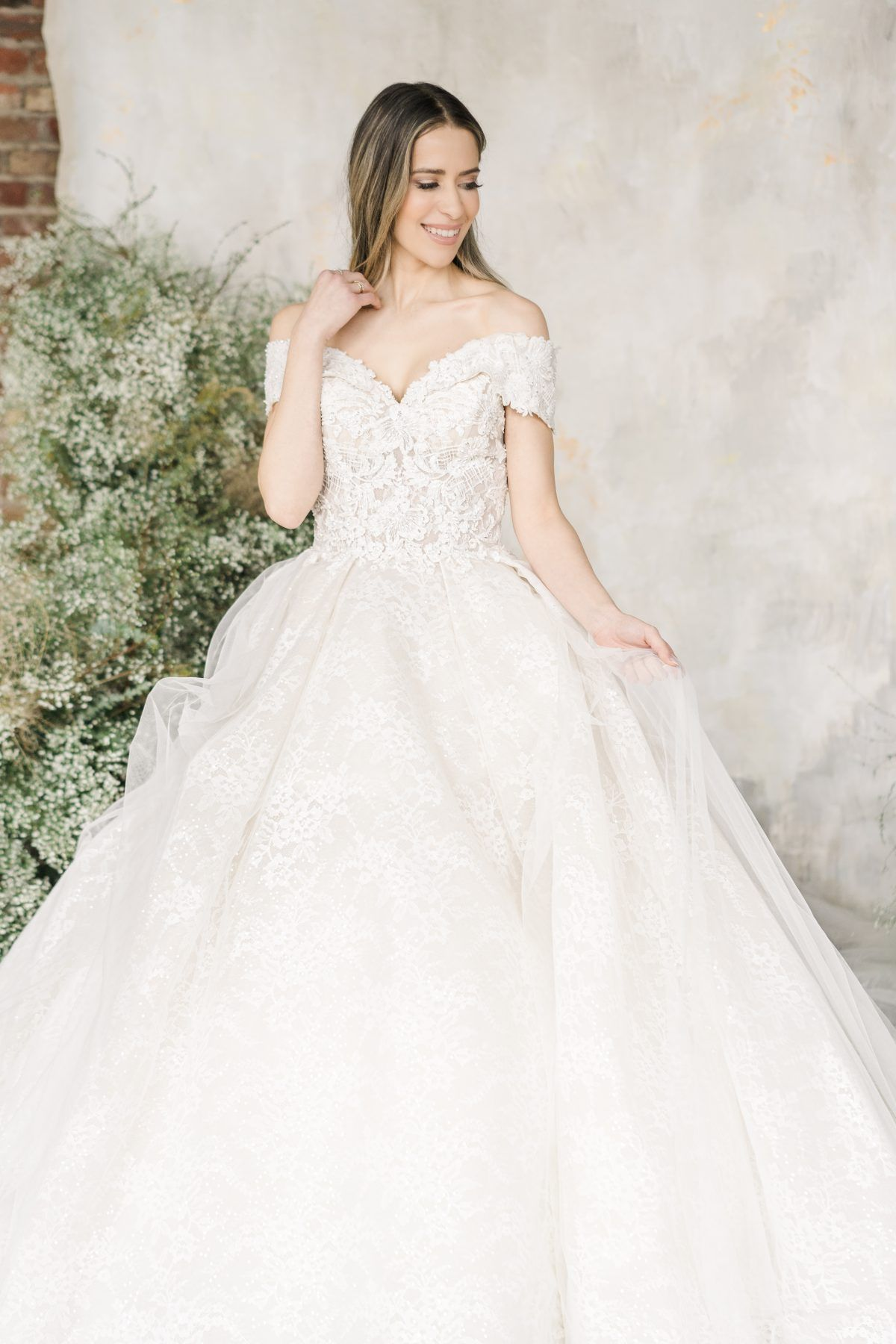 Off The Shoulder Sweetheart Neckline Lace Ball Gown