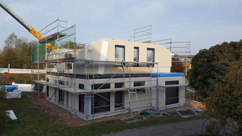 09. Oktober 2018 Hausmontage des Obergeschosses des