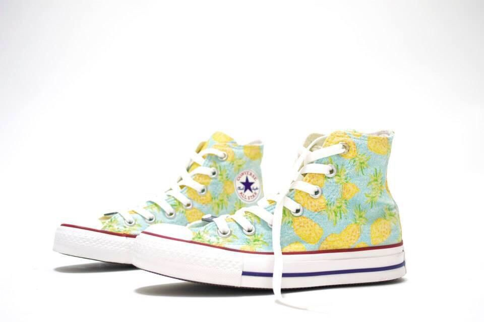 be1feac64f82 Awesome hi top pineapple converse