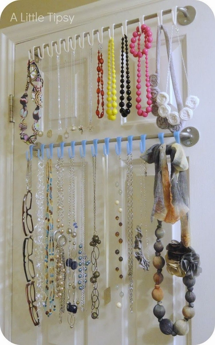 Recycled Jewelry Hangers DIY