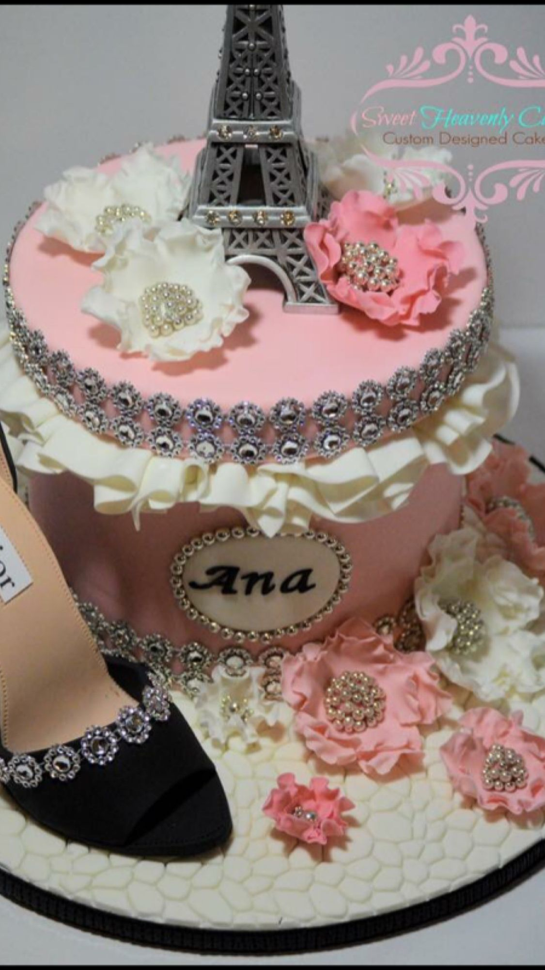 Dior Birthday Cake By Sweetheavenlycakes Cakes Pinterest