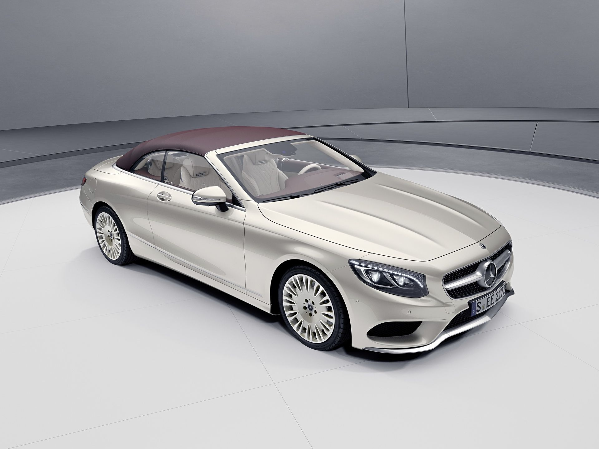 2018 Mercedes Benz S Class Coupe And Cabrio Exclusive Editions Arrive With More Gear Carscoops Mercedes Benz Benz S Class Benz