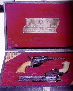File:PredatorMossberg500-3.jpg - Internet Movie Firearms