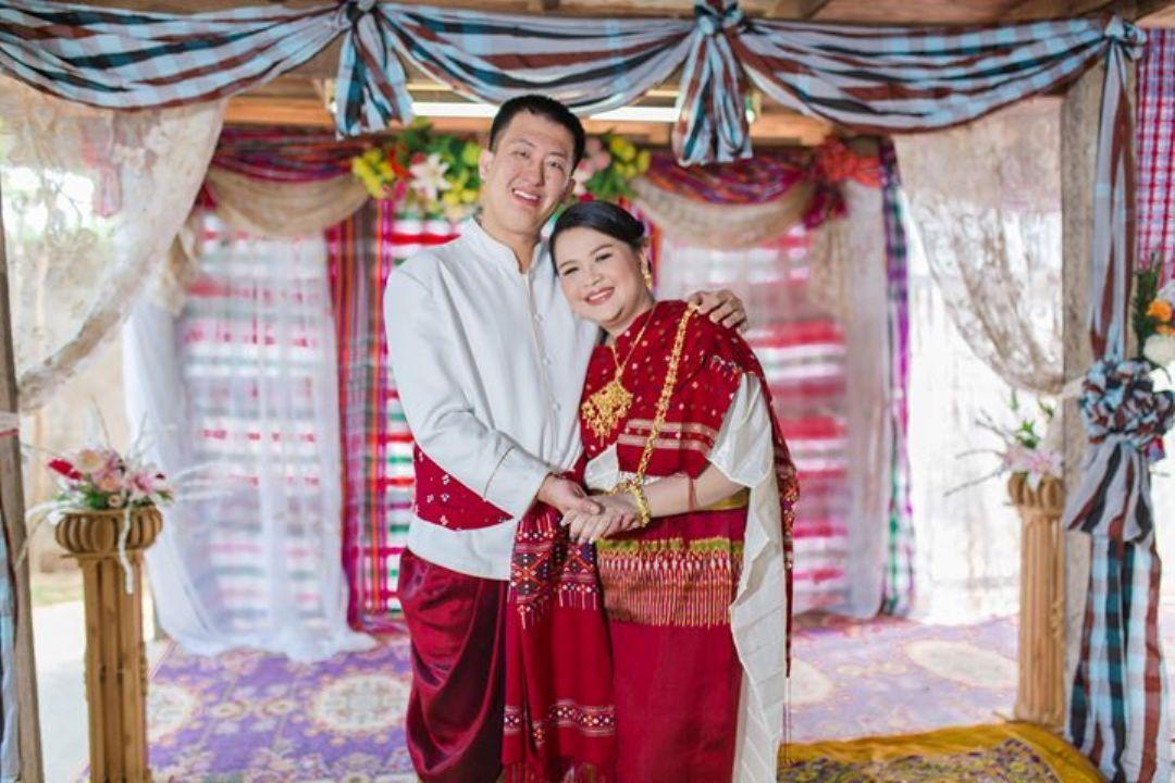 ช ดแต งงานอ สาน ลานคำด ไซน Thailand Wedding Saree Sari