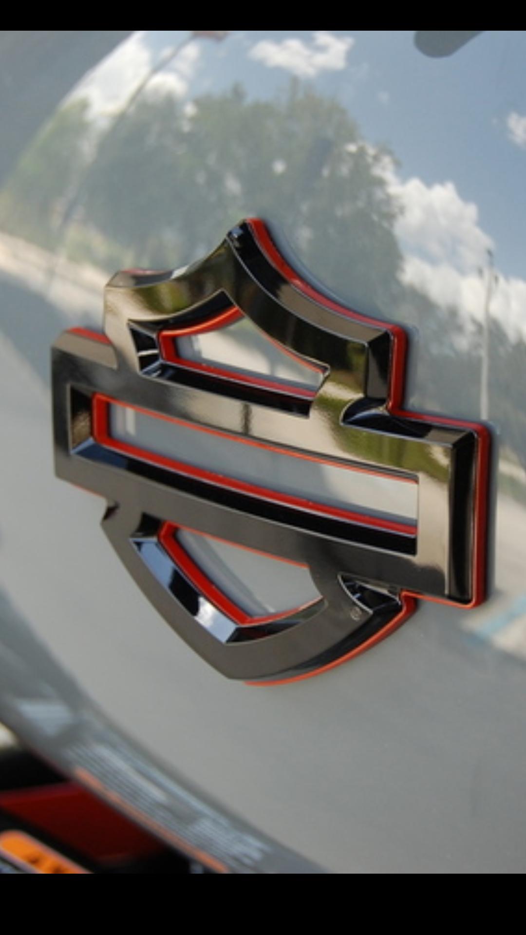 2018 Shield tank emblem part#s - Page 5 - Harley Davidson