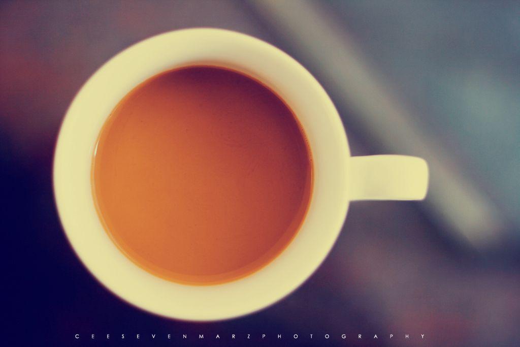 Olá, meu nome é Rodrigo e eu sou viciado em cafeína (Oi, Rodrigo)