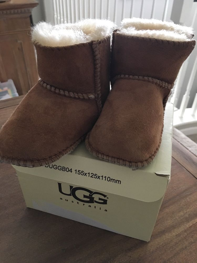 4e49636302e slightly used Erin Ugg infant boot size small with box brown great ...