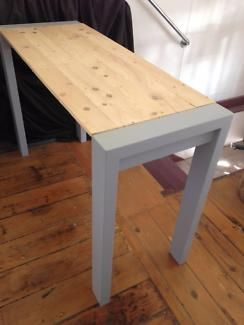 Trendy Table Pallet Top VGC Dining TV Computer Sideboard