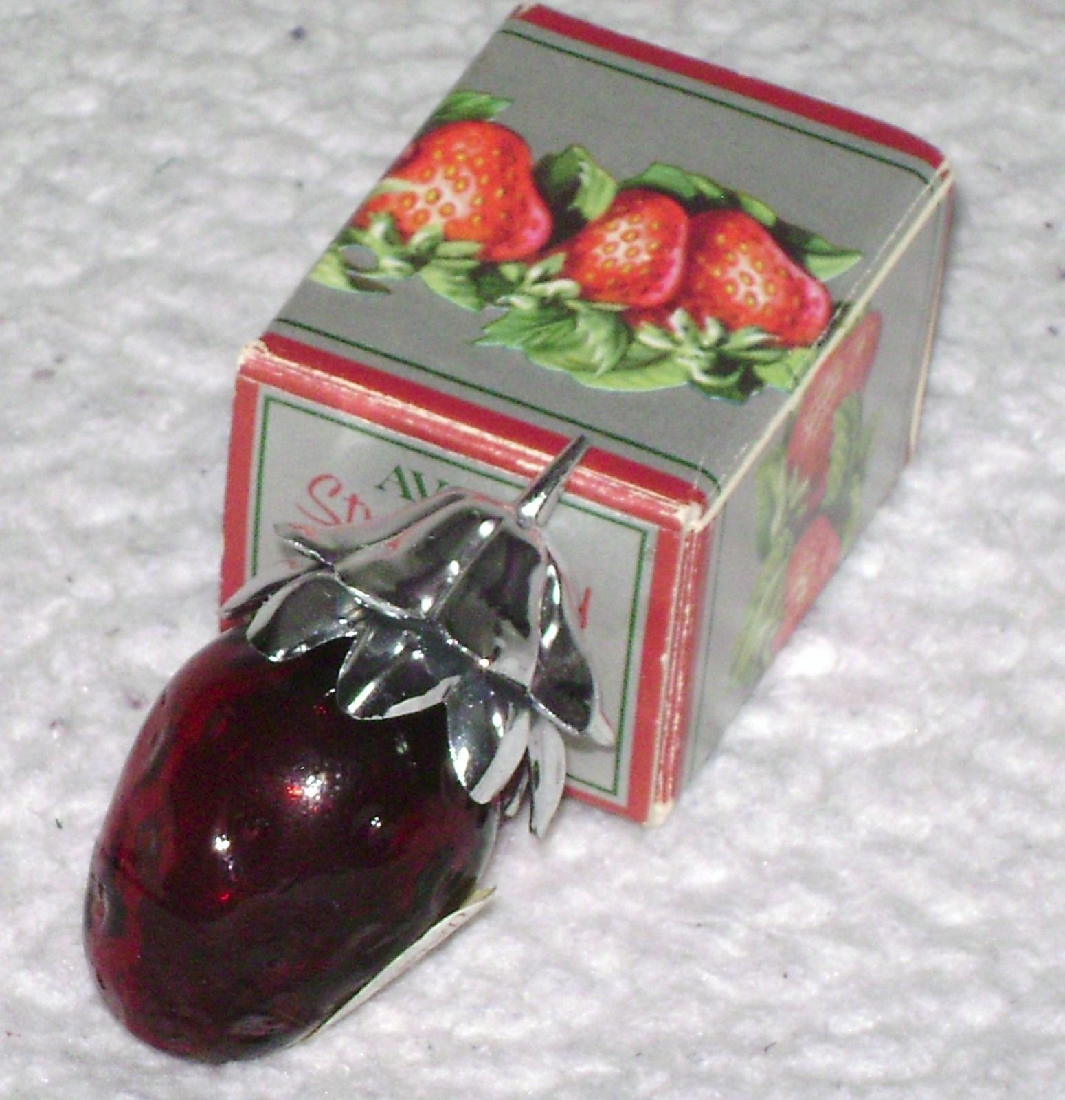 Vintage Avon Strawberry Fair Moonwind Perfume Bottle with