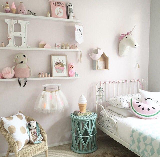 little girls room baby pinterest kinderzimmer kleinkind zimmer und kind spielzimmer. Black Bedroom Furniture Sets. Home Design Ideas