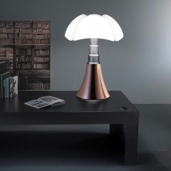 Lampe Design Pipistrello Led 14w Cuivre Telescopique Martinelli Luce Editee Par La Marque Martinelli Luce Et Dessi Lampe Design Lampe Pipistrello Lamp