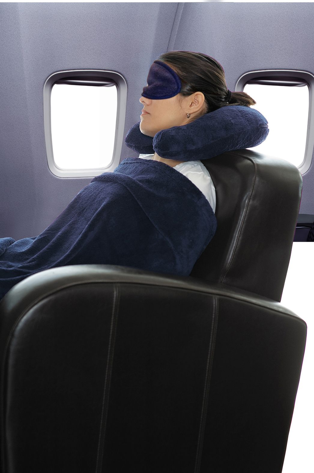 Making it easier to sleep while traveling this soft and comfortable