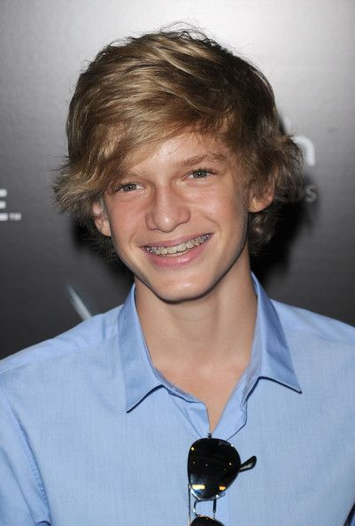 Cody Simpson Photos Photos 2010 Breakthrough Of The Year Awards Arrivals Cody Simpson Celebrity Dads Celebrities Male