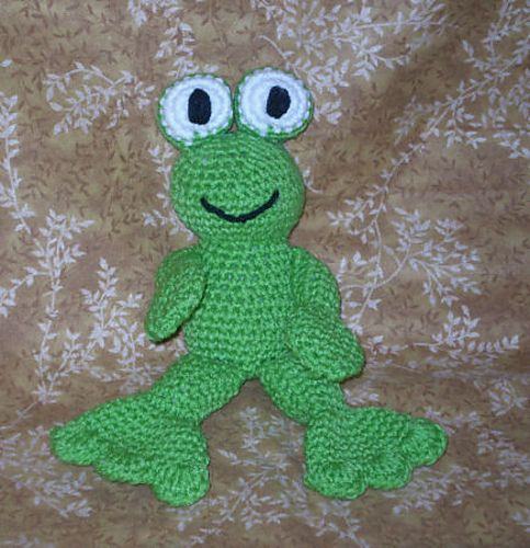 Footsie the Frog pattern by Stormy\'z Crochet