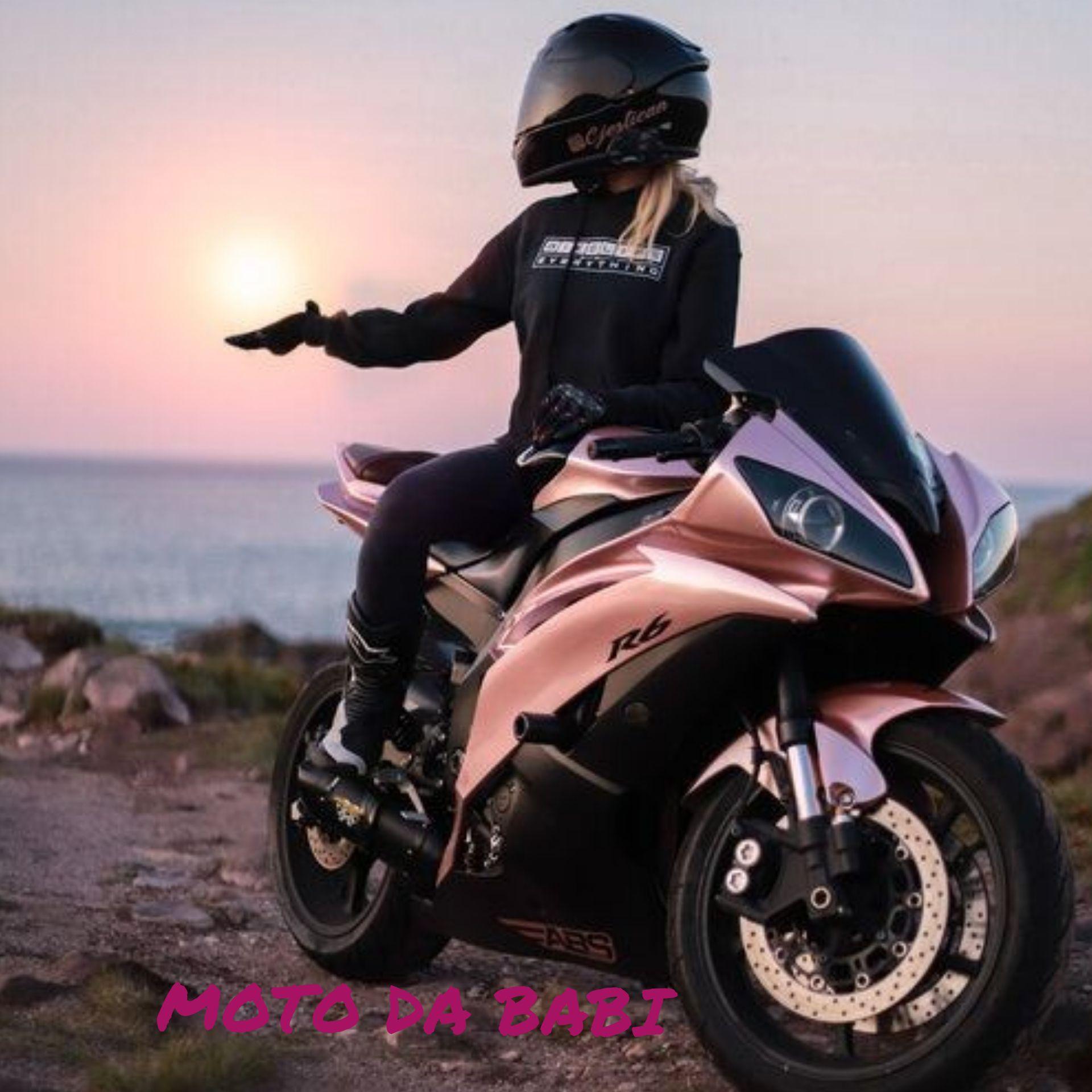 Casal Mandrake Babictor In 2021 Sports Bikes Motorcycles Motorbike Girl Motorcycle Wallpaper