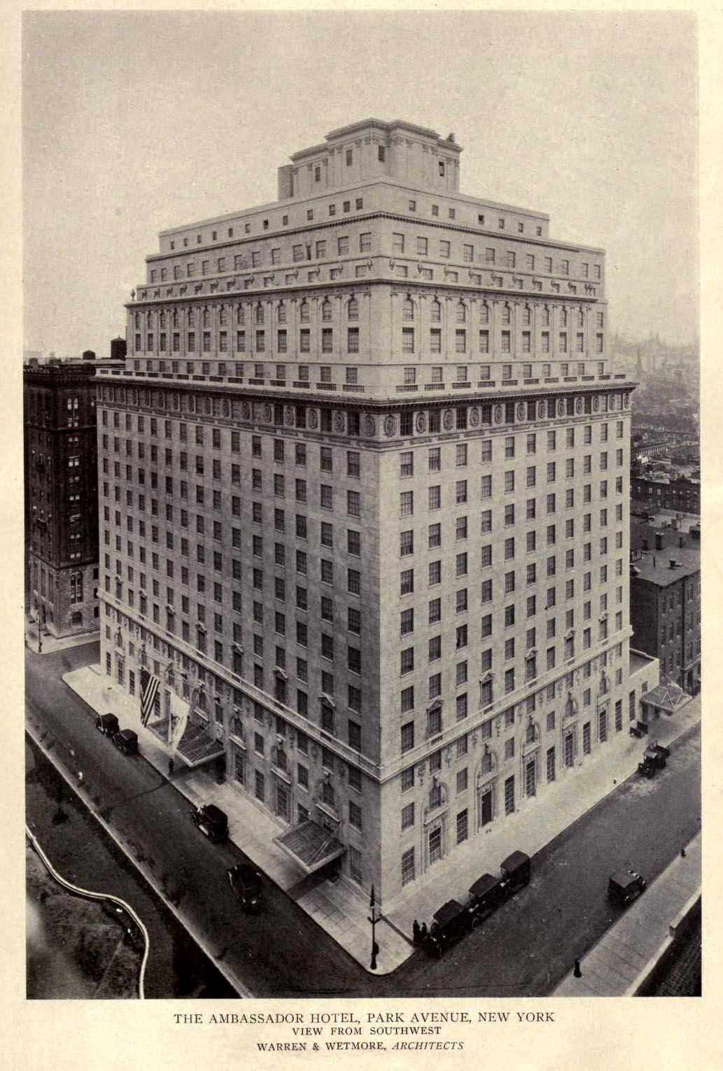 The Ambassador Hotel on Park Avenue, New York City | Narrenschiff in
