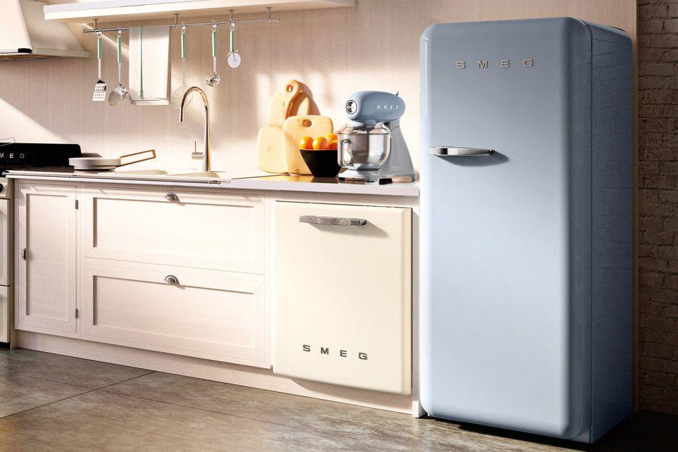 Smeg Kühlschrank Grau : Throwback smeg expands its retro appliance line with a bigger