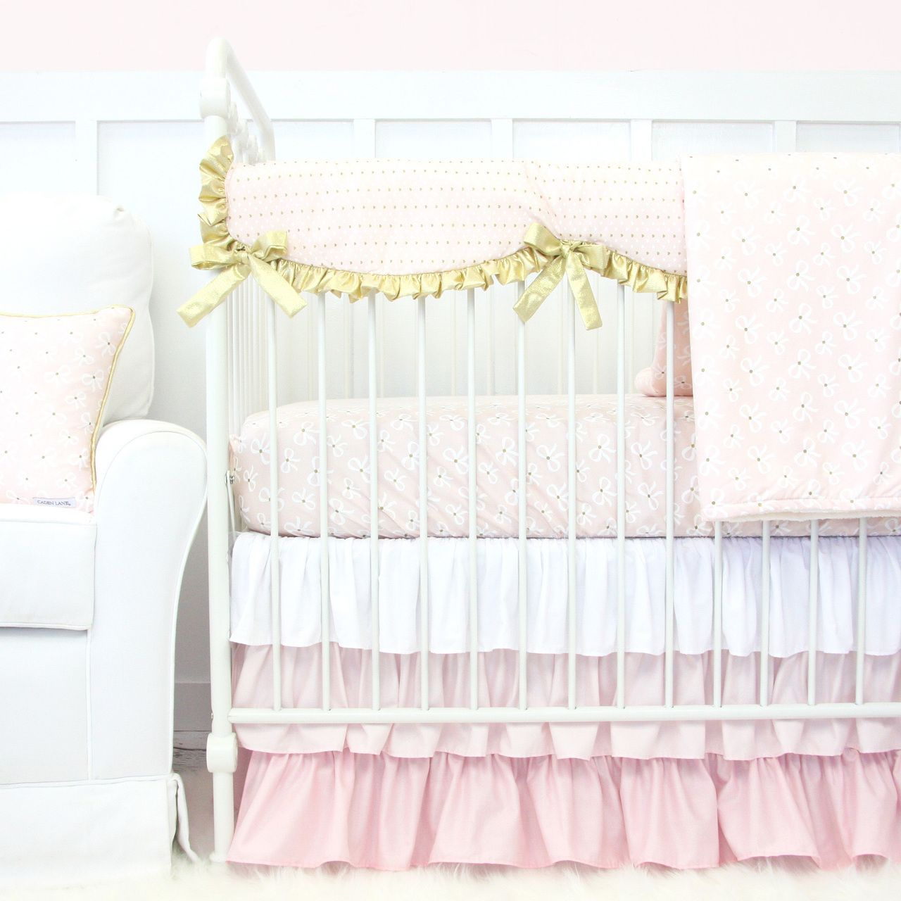 this adorable blush pink and gold crib bedding set features adorable bows and hearts itu0027s