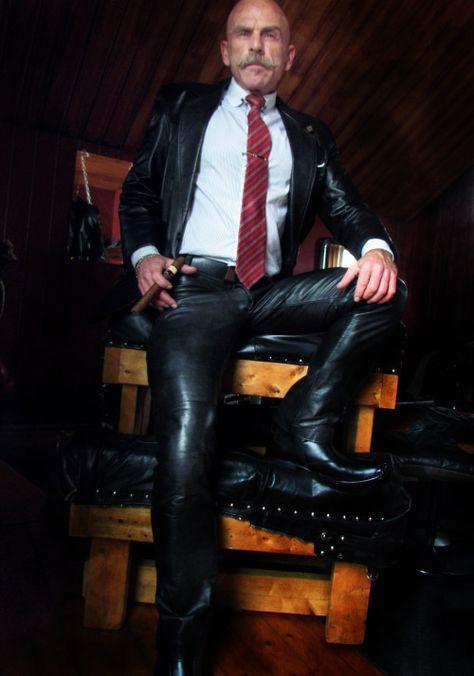 f5754374f9d4 Épinglé par orlov sur Cuir homme   Pinterest   Cuir homme, Mode homme et  Hommes