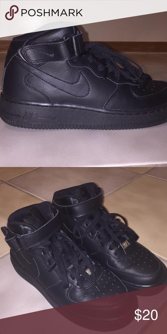 afca7cd137ed Nike Air Force Ones Size 5.5Y Fit Woman Size 7 Black Nike Air Forces fit  Woman Size 7 Nike Shoes Sneakers