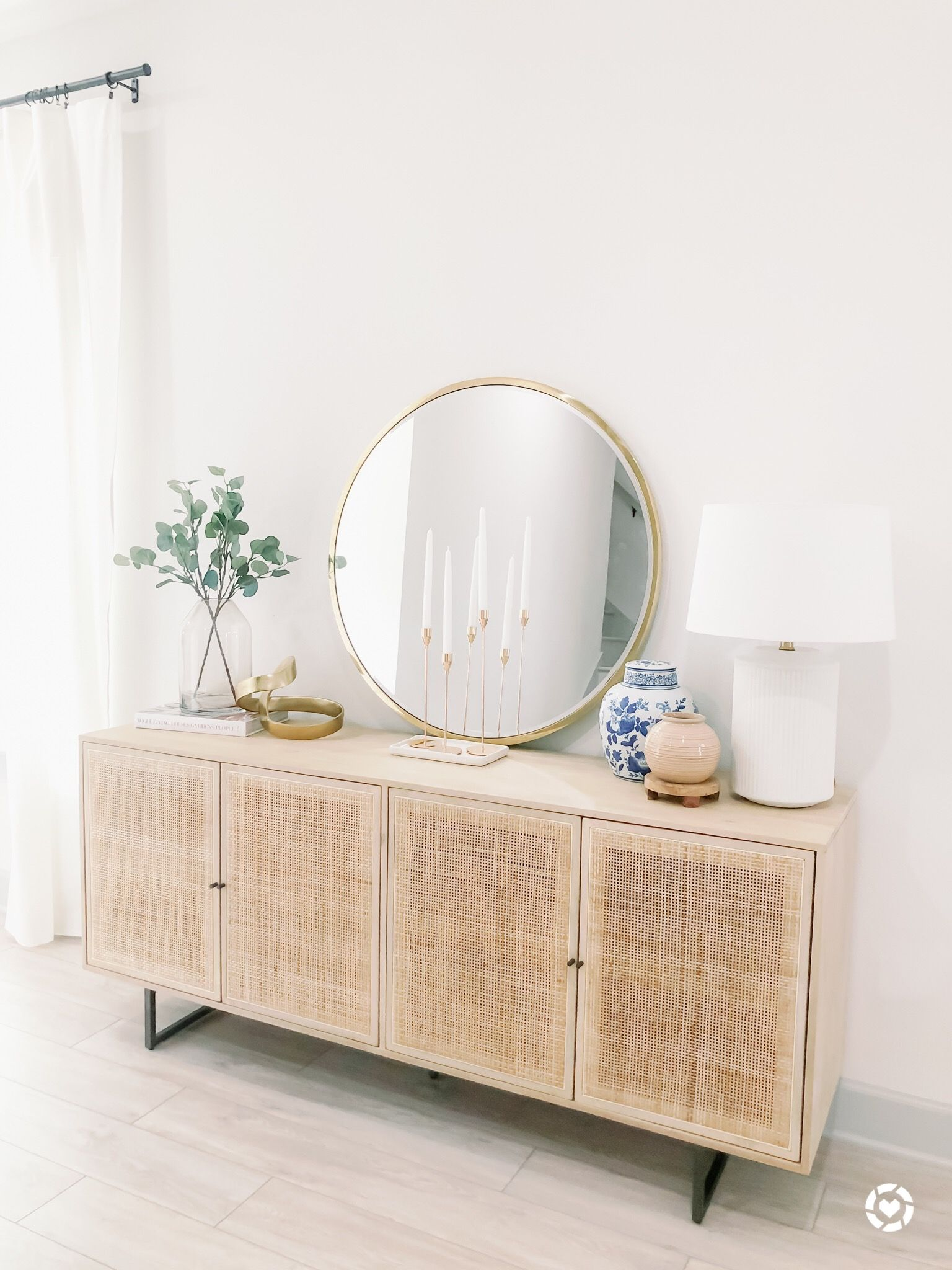 Rattan Sideboards In The Entryway Are Always A Good Idea In