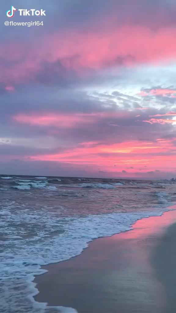 Sunset Beach | Calming Waves | Ocean Aesthetic