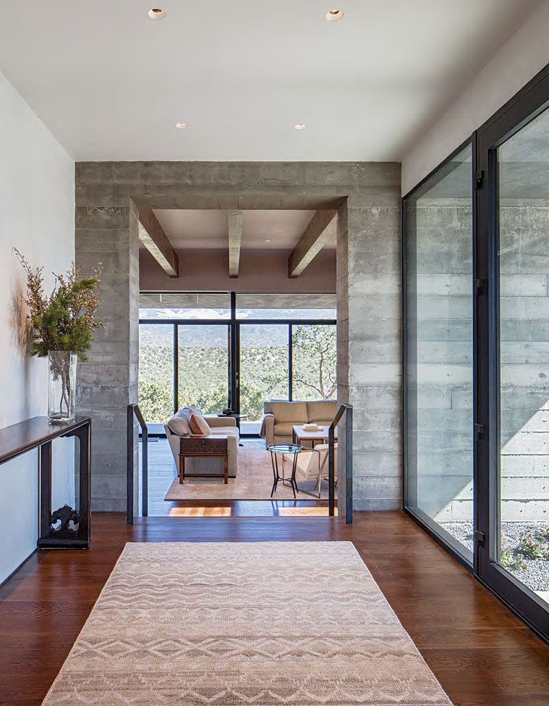 A New Concrete House Has Made A Home For Itself In The Desert Of New Mexico In 2020 House Design Concrete House Board Formed Concrete