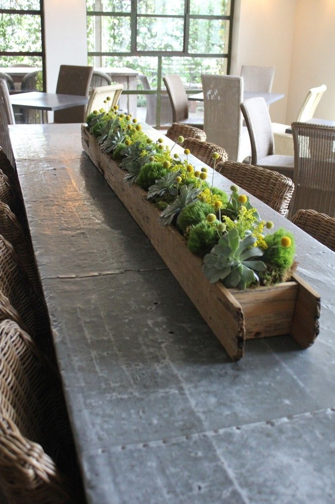 Megan Justin Tiny Boxwood Wedding Houston Tx Flower Box Centerpiece Planting Flowers Wood Box Centerpiece