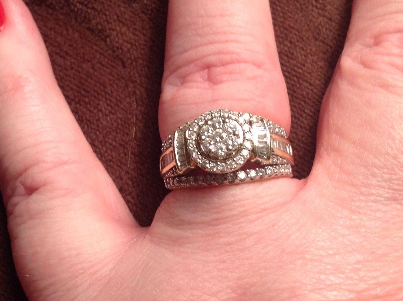 10k Yellow Gold Round Halo 1ct Diamond Engagement Ring W side stones ...