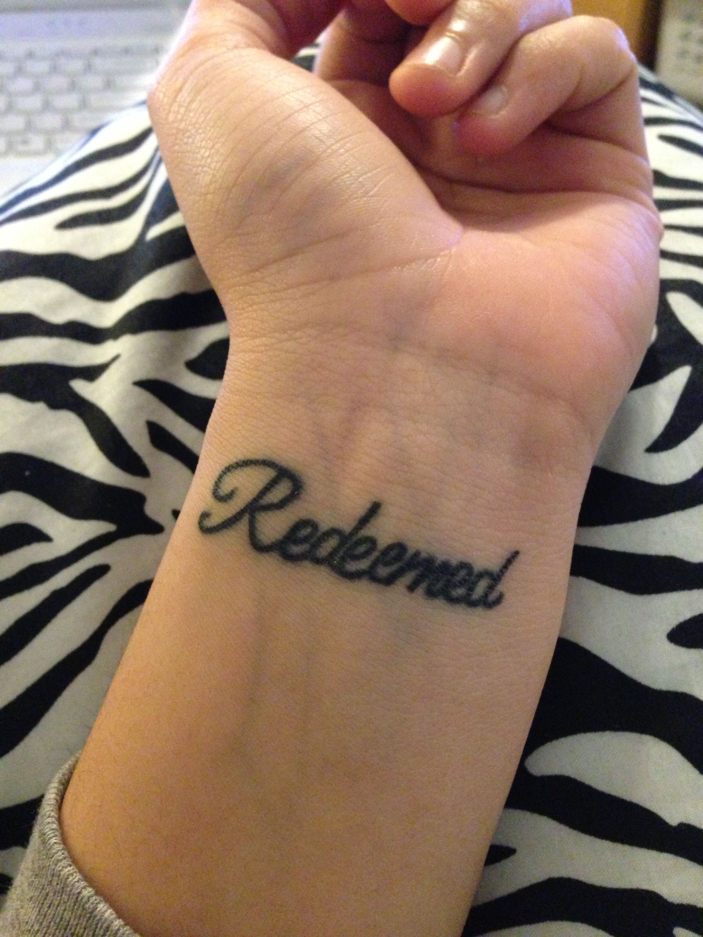 i am redeemed in my own handwriting on my fore arm tats pinterest tattoo piercings and. Black Bedroom Furniture Sets. Home Design Ideas