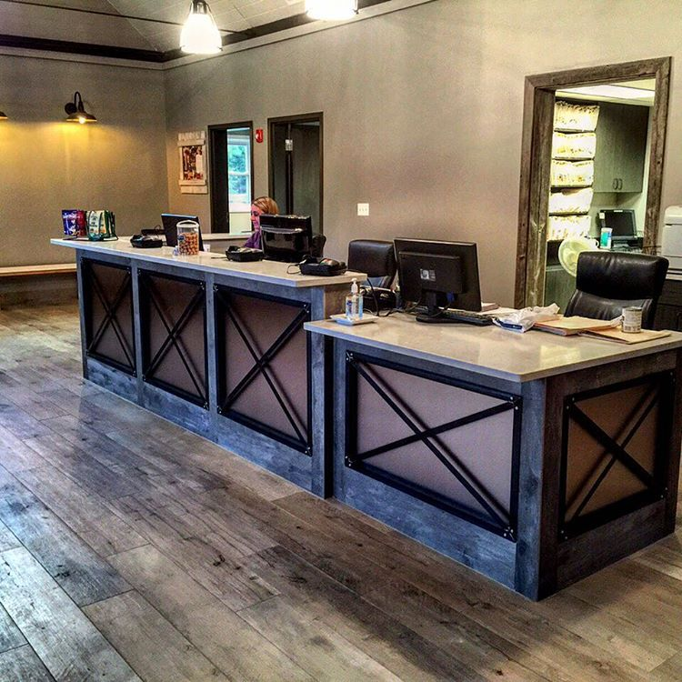 Furniture and decor build out at Skycrest Animal Clinic
