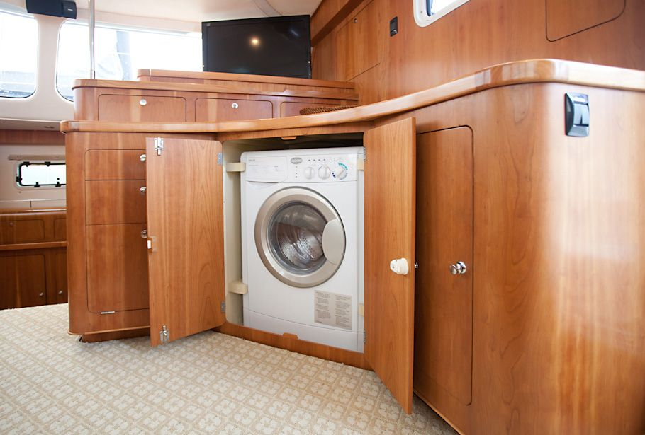Antares 44 catamaran interior washing machine on boat for Drying cabinet for clothes