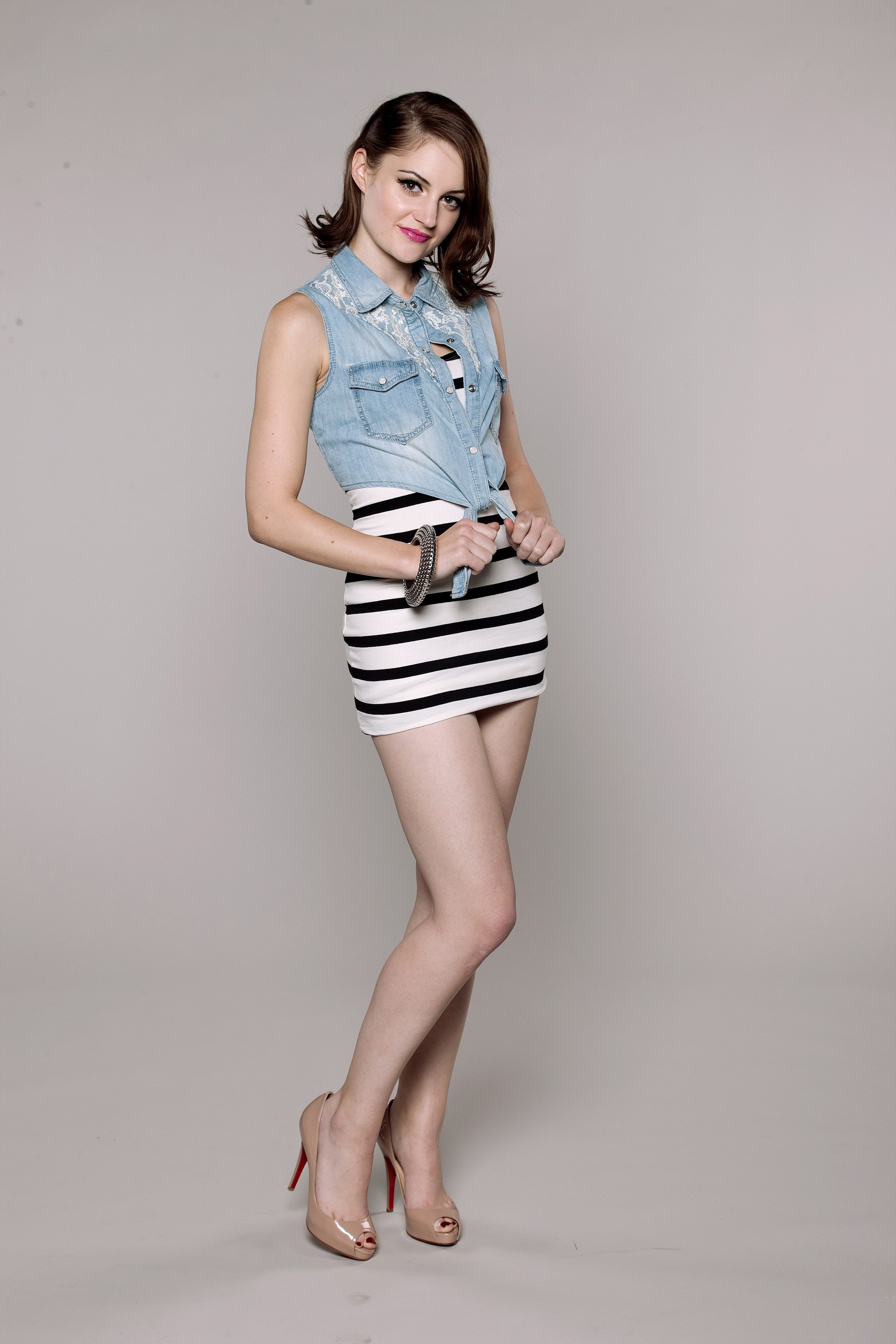 British Model Paula Lane Spike Heels Model Photos Bikini Models Short Skirts