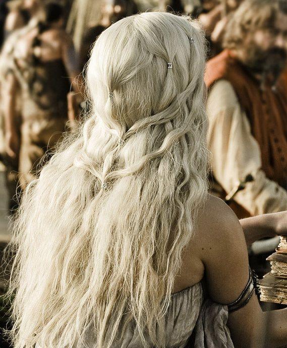 Emilia Clarke Daenerys Targaryen Hair Tutorial Clarke Daenerys Emilia Targaryen Tutorial Khaleesi Haar Haar Tutorial Haartutorial