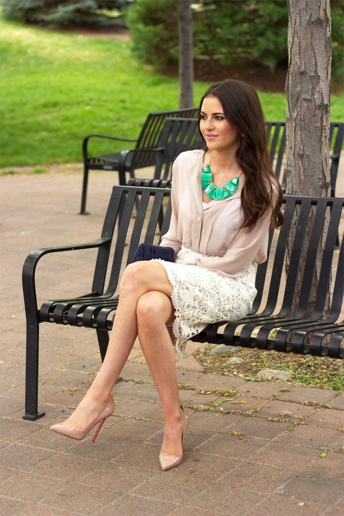 Great park bench photo----made possible by lovely legs