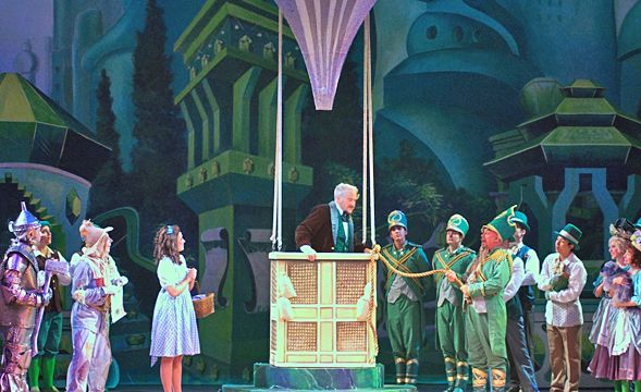 Stage Set And Scenery | School Play Ideas: Wizard Of Oz | Pinterest | Stage  Set