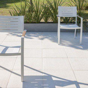 Dalle Beton Sablee Blanc Casse L 50 X L 50 Cm X Ep 40 Mm Leroy Merlin Dalle Beton Chaise Exterieur Beton