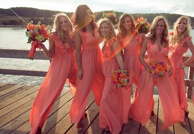Me encanta para mis damas!!!  #coral #beach #wedding