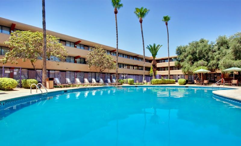 Groupon One Or Two Night Stay With Breakfast At Holiday Inn Hotel