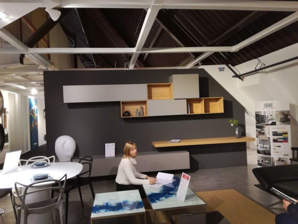Orme italiaans design tv meubel tablet laten doorlopen tot muur