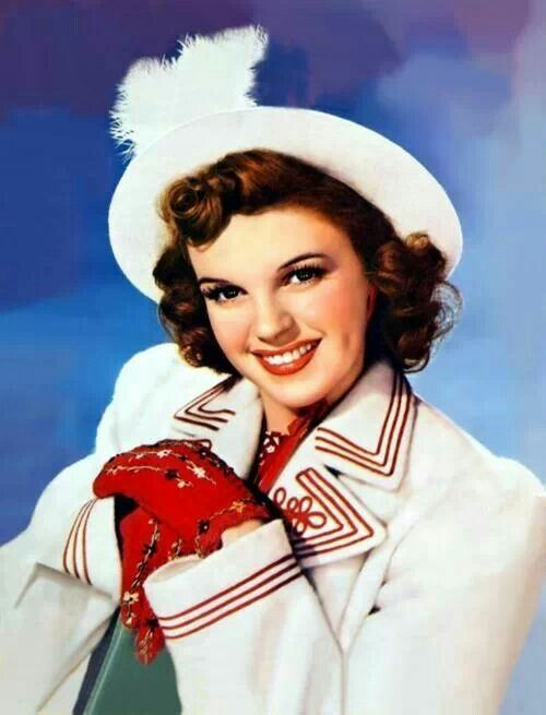 Judy Garland....My favorite actress of all time!!