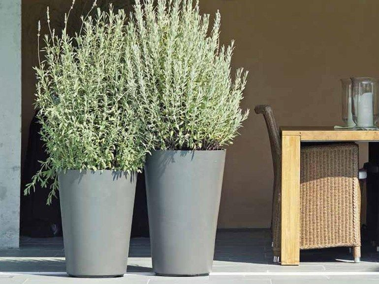 Jarrón alto de cemento ALTO By SWISSPEARL Italia Cemento, Italia y - maceteros para jardin