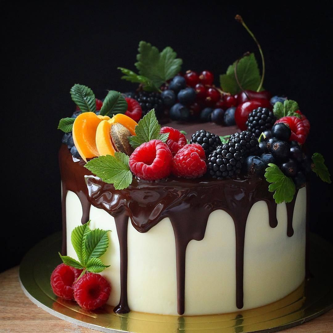 Classic fruit birthday cake | Fruit birthday cake, Fruit ...