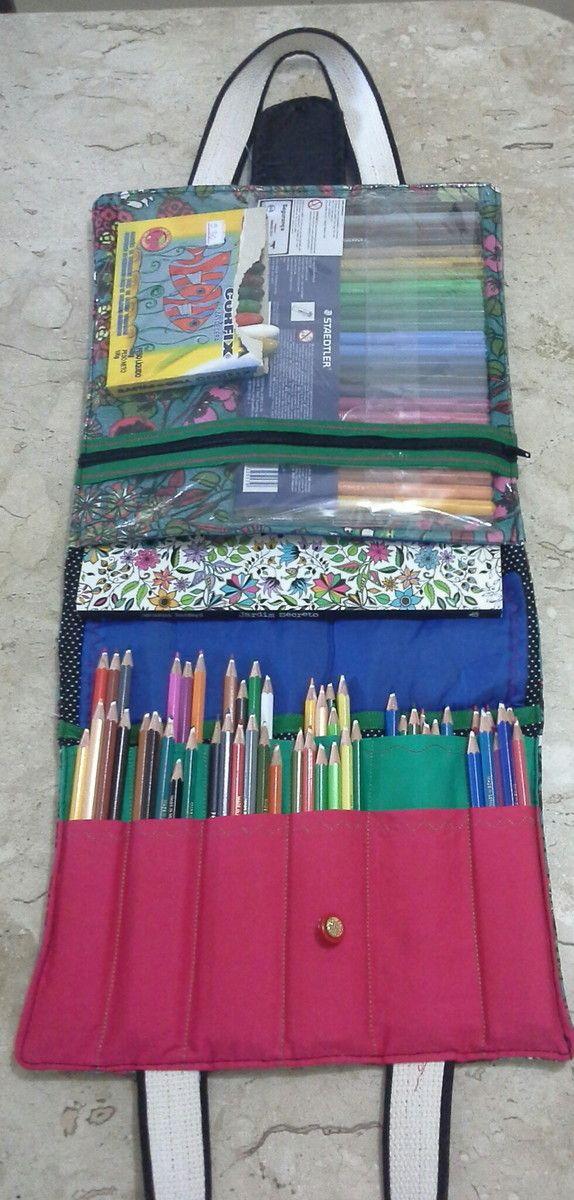 Desenhos exclusivos merecem bolsas escusas. bolsa confeccionada em tecido algodao capacidade 60 lápis compartimento para o livro e bolso transparente para acessórios.