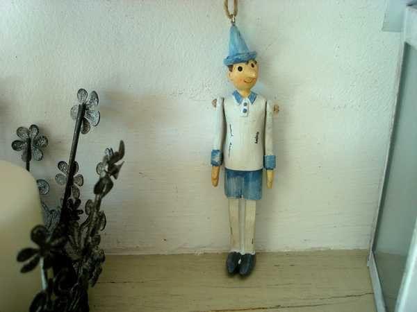 Pinocchio en suspension : 3.90€ (Frais de port à 1.90€)