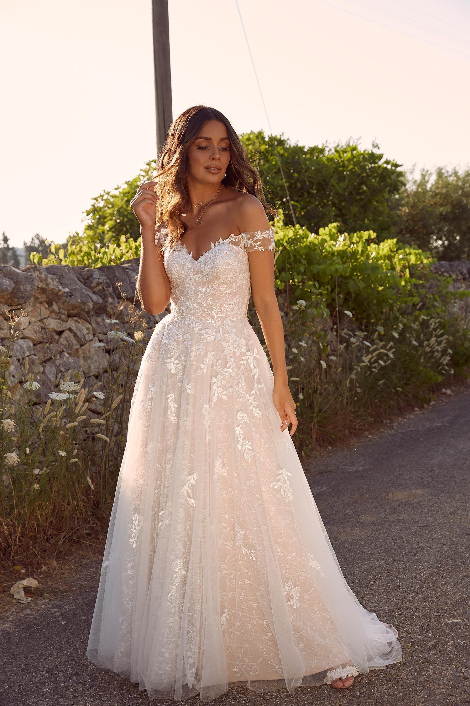 MARCHELLE in 2020 Pretty wedding dresses, Wedding