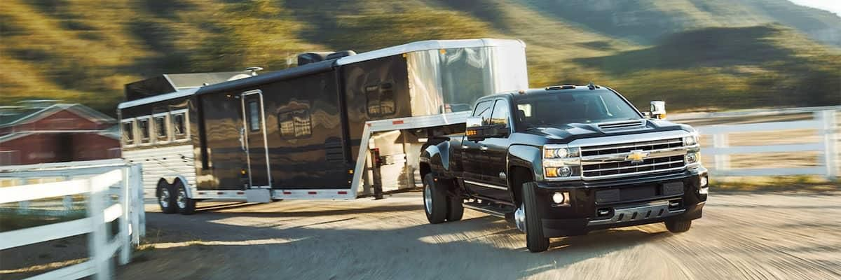 2020 Chevy 3500 Towing Capacity Chart In 2020 Heavy Duty Trucks Silverado Silverado 2500 Hd