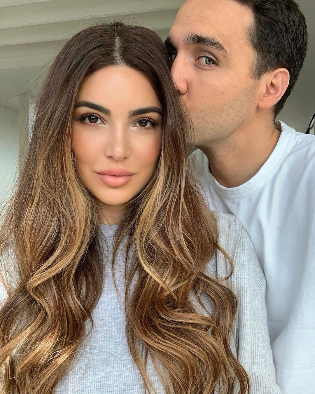 Negin Mirsalehi On Instagram I Was Taking A Selfie And Then He Stopped By In 2020 Long Hair Styles Hair Styles Hair Inspiration Color
